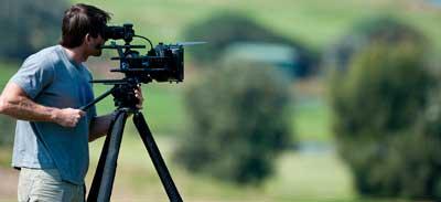 فیلمبرداری مجالس ارزان در گروه فیلمبرداری عروسی پوپک ارائه می شود.