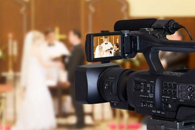 انواع فیلمبرداری عروسی در دو دسته قرار می گیرد.